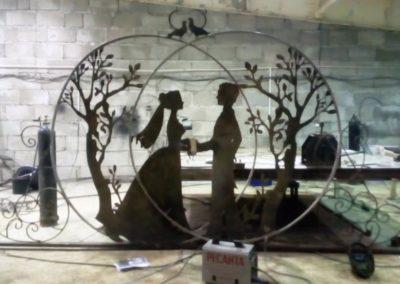 15 Скульптура за лавкой (6)