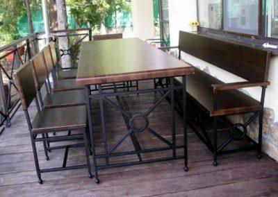1-kovanaya-mebel-dlya-kafe-bara-restorana-2